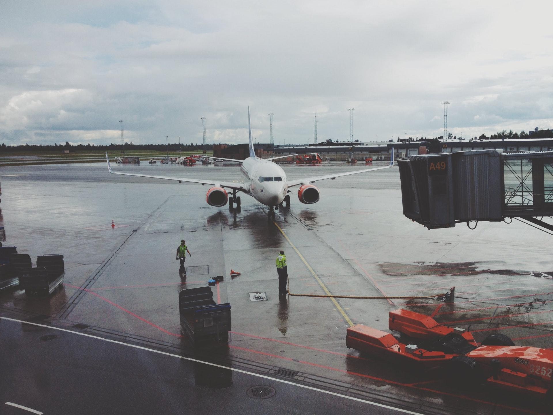 самолет, отправляющийся в пекин